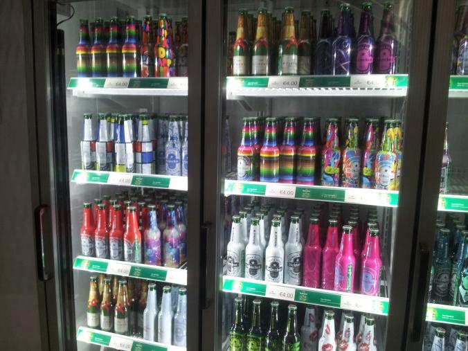 Una buena colección de Heinekens
